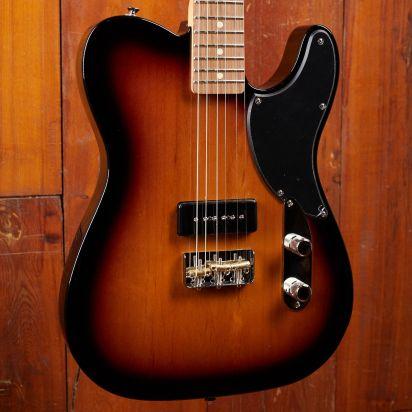Fender Noventa Telecaster Pau Ferro 2-Tone Sunburst