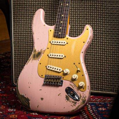 Fender CS 1964 60s Stratocaster Heavy Relic, Shell Pink