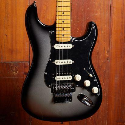 Fender Ultra Luxe Stratocaster Floyd Rose HSS Silverburst
