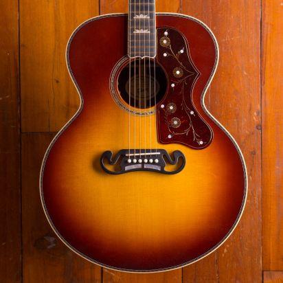 Gibson J-200 Deluxe Rosewood