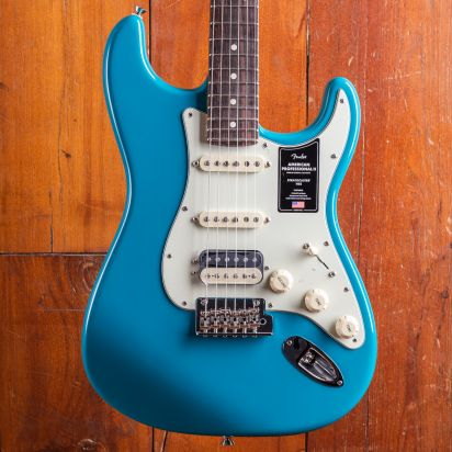 Fender American Professional II Stratocaster, HSS, Rosewood, Miami Blue