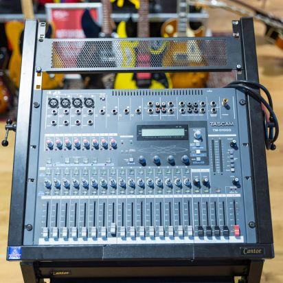 Tascam TMD-1000 Mixer