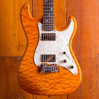 MXG Customax Quilted Maple