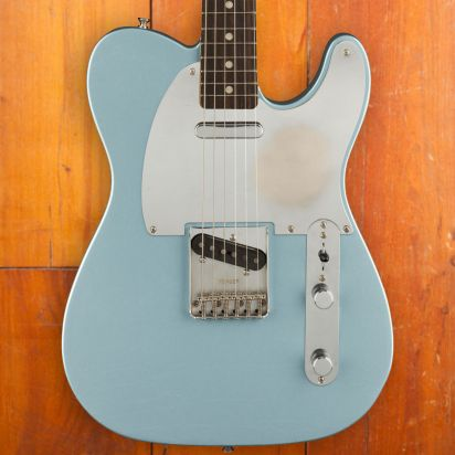 Fender Chrissie Hynde Telecaster, Ice Blue Metallic