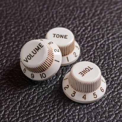 Guitar Slinger Parts Aged 54/55 3 Spokes Bakelite Style Relic Knobs