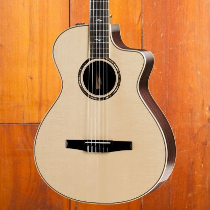 Taylor 812ce-N
