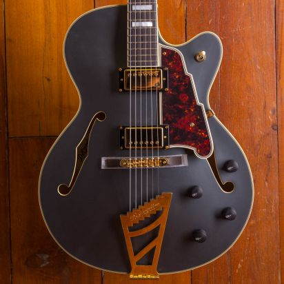 D'Angelico Deluxe DH Electric, Matte Midnight