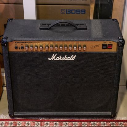 MARSHALL-JCM 600