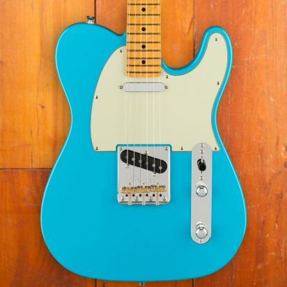 Fender American Professional II Telecaster, Maple Neck, Miami Blue