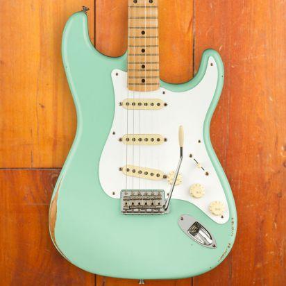 Fender Vintera Road Worn 1950s Stratocaster Maple Fingerboard Surf Green