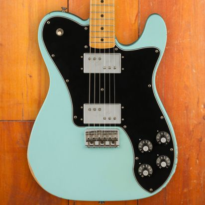 Fender Vintera Road Worn 1970s Telecaster Deluxe Maple Fingerboard Daphne Blue