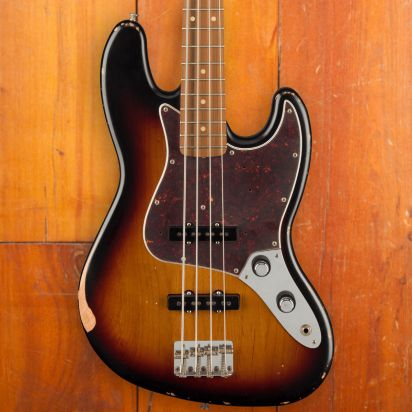 Fender 60th Ann Road Worn 1960s Jazz Bass, 3-Tone Sunburst