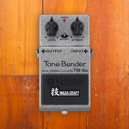 Boss TB-2W Original Tone bender Replica in Co-op with Sola Sound