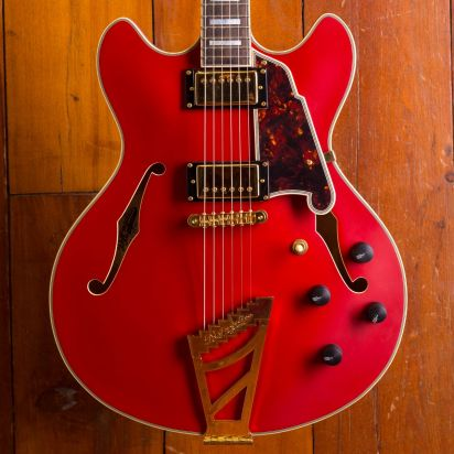 D'Angelico Deluxe Electric DC , Matte Cherry
