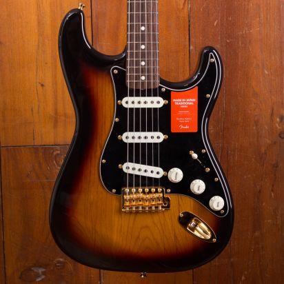 Fender MIJ Traditional 1960s Strat 3 Tone Sunburst #JD18001378