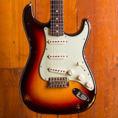 Fender CS 1960 Stratocaster Relic 3TS