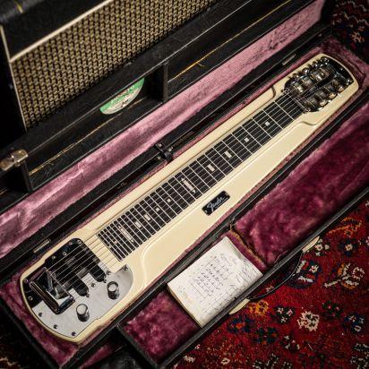 Fender Deluxe 8 Lapsteel