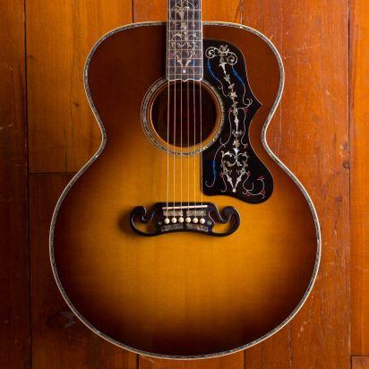 Gibson SJ-200 GALLERY