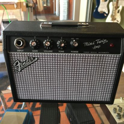 Fender Mini twin amp