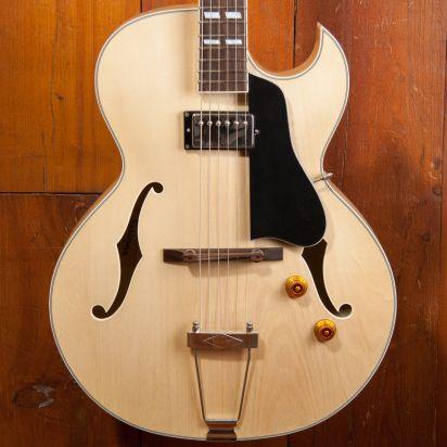 Eastman AR371ce Blonde