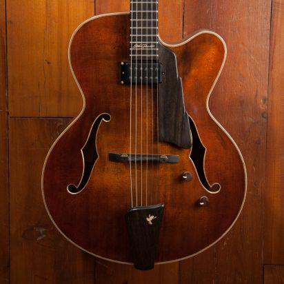 Eastman AR680CE