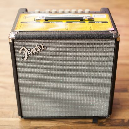Fender Rumble 40 (V3), Black/Silver