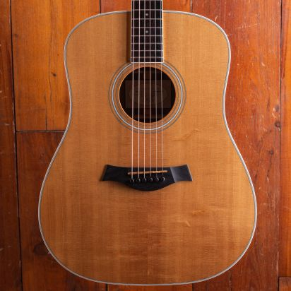 Taylor DN4 with case - Ovangkol