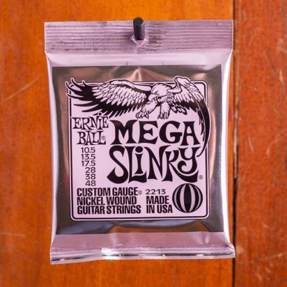 Ernie Ball Mega slinky 10,5-13,5-17,5-28-38-48