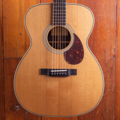Eastman E8 OM, Thermo Cured Top