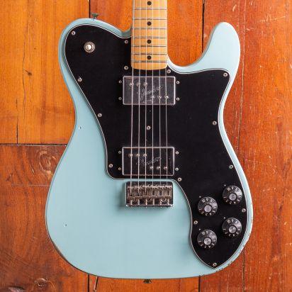 Fender Vintera Road Worn 1970s Telecaster Deluxe Maple Fingerboard Daphne Blue