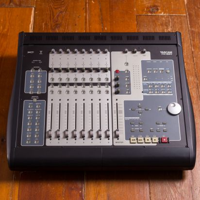 Tascam FW-1884 Mixer