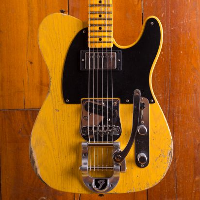 Fender CS LTD 1950s Vibra Telecaster Heavy Relic Maple Fingerboard Aged Butterscotch Blonde