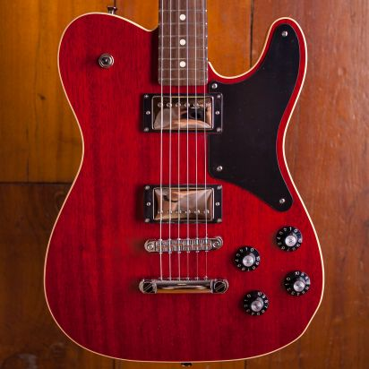 Fender LTD Troublemaker Tele Rosewood fingerboard Crimson Red
