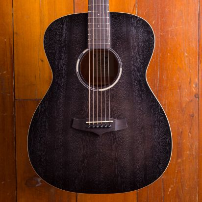 Tanglewood TWBBO Black Bird OM model