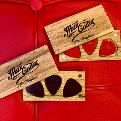 Max Guitar Wooden Plectrum Boxes with Magnetic Lids, Primtones