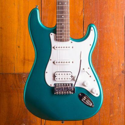 Squier Affinity Series Stratocaster HSS, Laurel Fingerboard, RGR