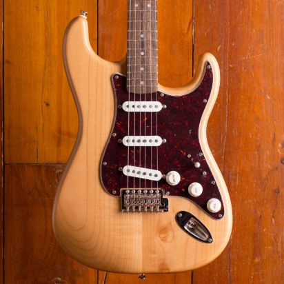 Squier Classic Vibe 70s Strat Natural.