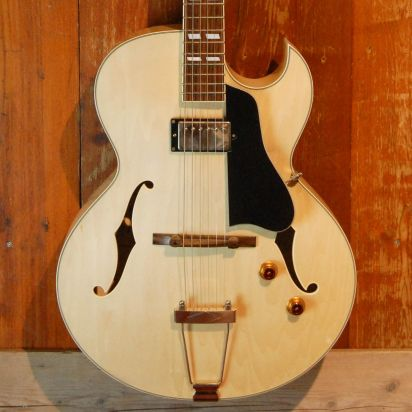 Eastman AR371 Blonde